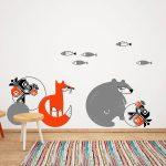 ursul-pacalit-de-vulpe-autocolant-decorativ-de-perete-the-bear-and-the-fox-wall-sticker